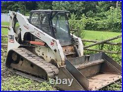 BOBCAT T300 Track Skid Steer Loader Tractor. Good Shape